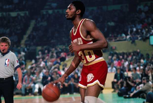 BOSTON - 1981: Mike Mitchell #30 of the Cleveland Cleveland Cavaliers looks to make a move against the Boston Celtics during a game played in 1981 at the Boston Garden in Boston, Massachusetts. NOTE TO USER: User expressly acknowledges and agrees that, by downloading and or using this photograph, User is consenting to the terms and conditions of the Getty Images License Agreement. Mandatory Copyright Notice: Copyright 1981 NBAE (Photo by Dick Raphael/NBAE via Getty Images)