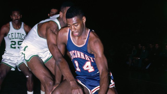 BOSTON - 1964: Oscar Robertson #14 of the Cincinnati Royals drives to the basket against the Boston Celtics during a game played in 1964 at the Boston Garden in Boston, Massachusetts. NOTE TO USER: User expressly acknowledges and agrees that, by downloading and or using this photograph, User is consenting to the terms and conditions of the Getty Images License Agreement. Mandatory Copyright Notice: Copyright 1964 NBAE (Photo by Dick Raphael/NBAE via Getty Images)